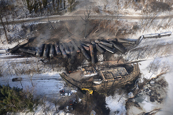 Aerial photo of a 2015 crude oil train derailment in Mt. Carbon, WV